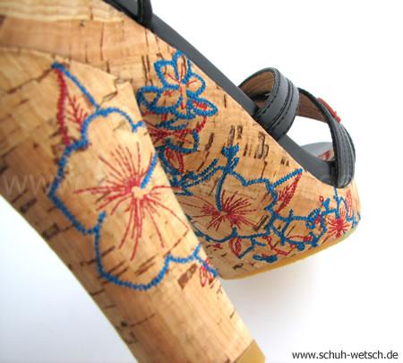 Sandaletten, Replay
