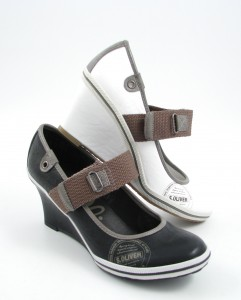s oliver pumps mit keilabsatz shoes style. Black Bedroom Furniture Sets. Home Design Ideas
